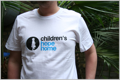 Männer-T-Shirt children's hope home weiß